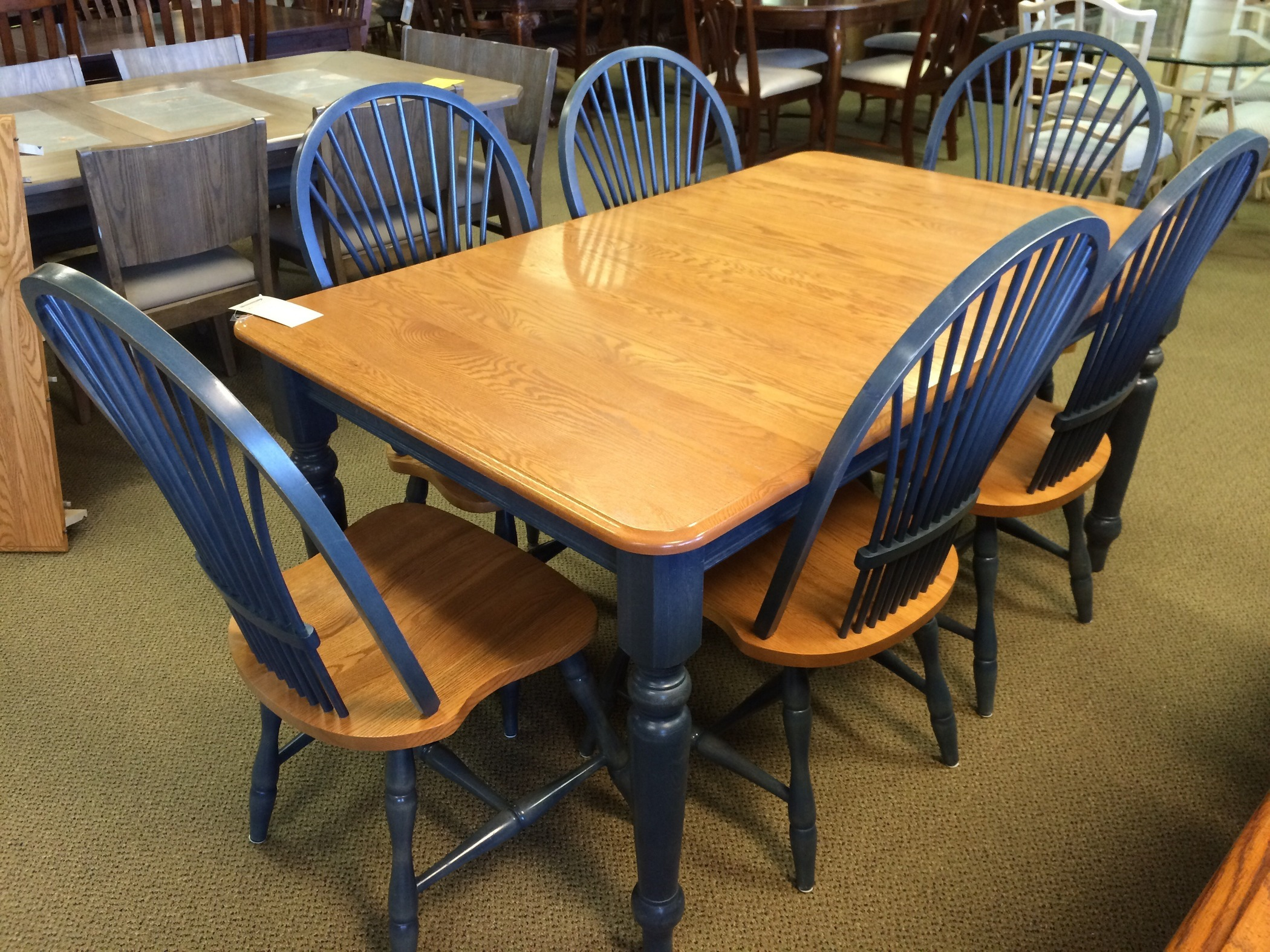 CANADEL TABLE AND 6 CHAIRS Allegheny Furniture Consignment