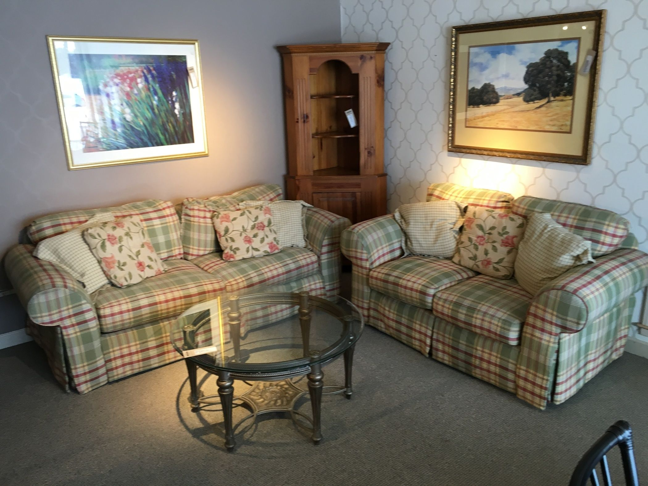 Cottage Living Room Set Allegheny Furniture Consignment