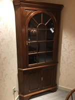 STICKLEY CORNER CABINET | Allegheny Furniture Consignment