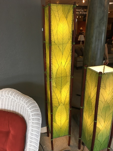 EANGEE FLOOR LAMP | Allegheny Furniture Consignment