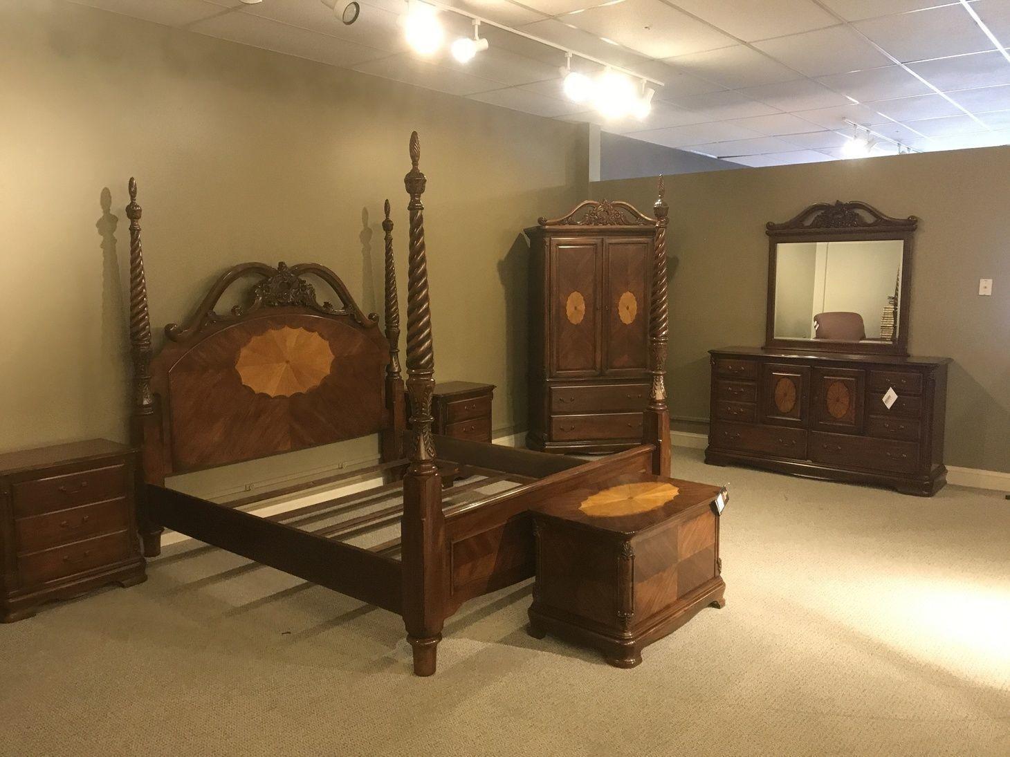 Medium king bedroom