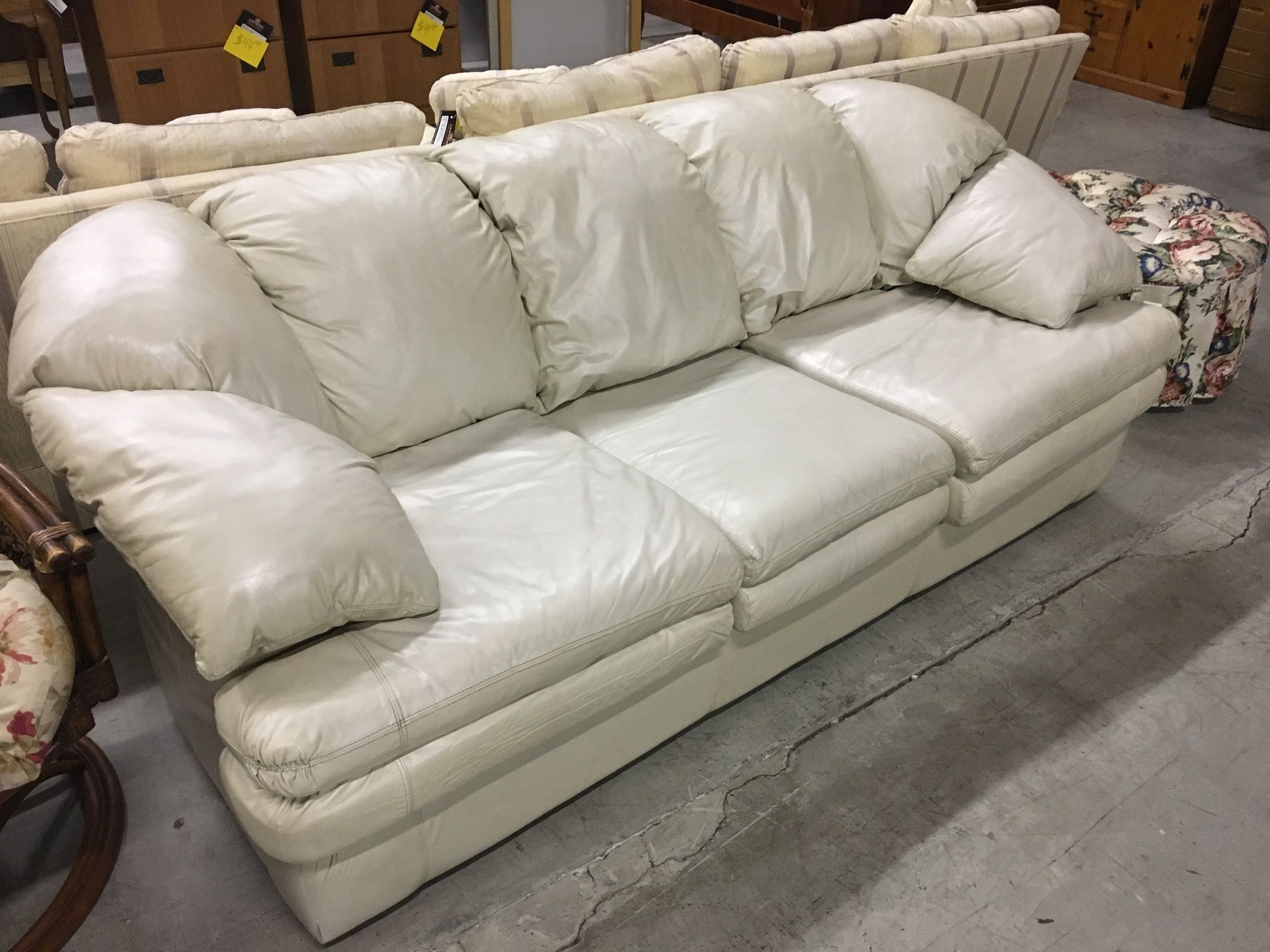 Viewpoint Leather Sleeper Sofa Allegheny Furniture Consignment