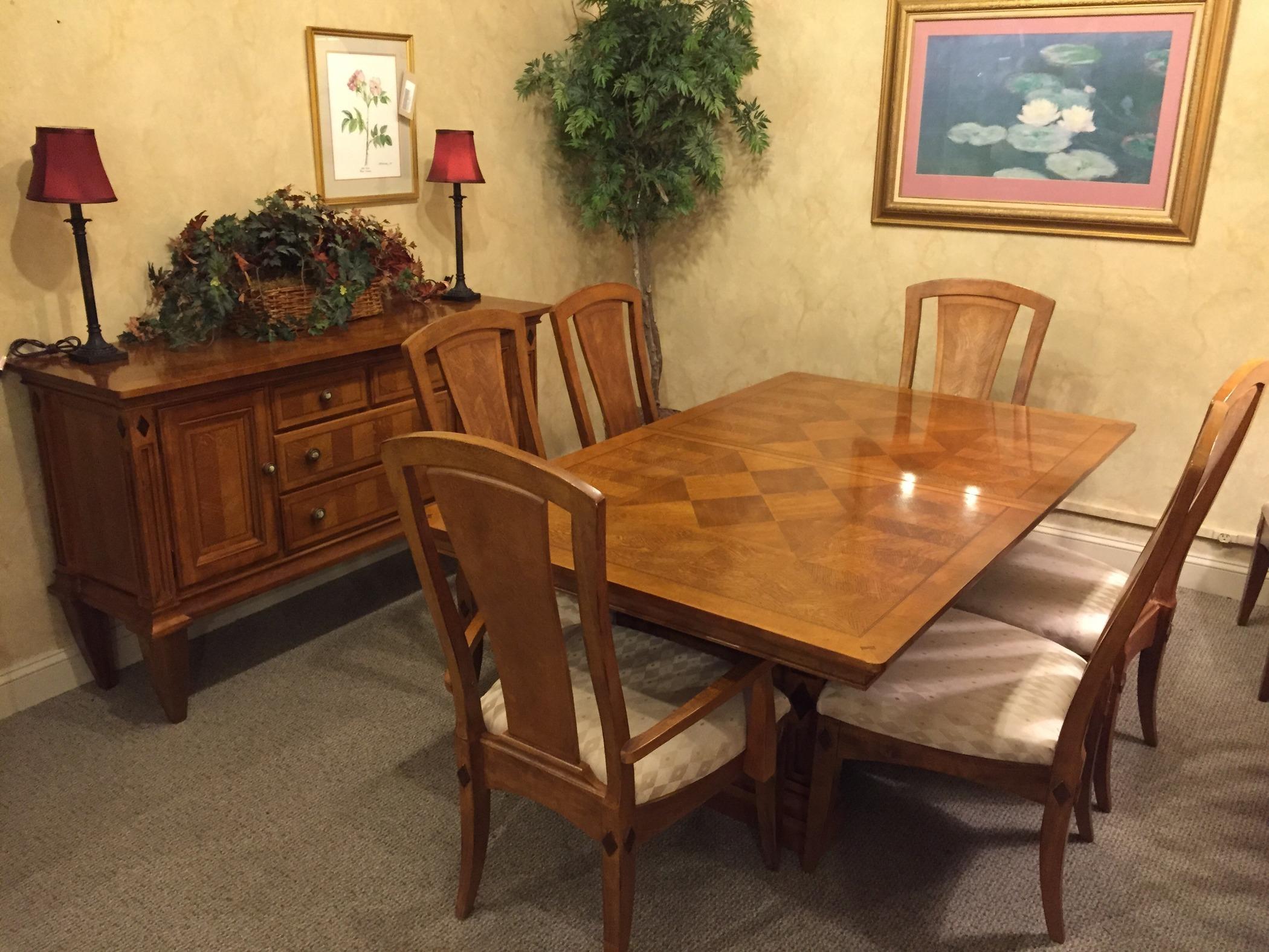 Medium image. ALEXANDER JULIAN DINING ROOM   Allegheny Furniture Consignment