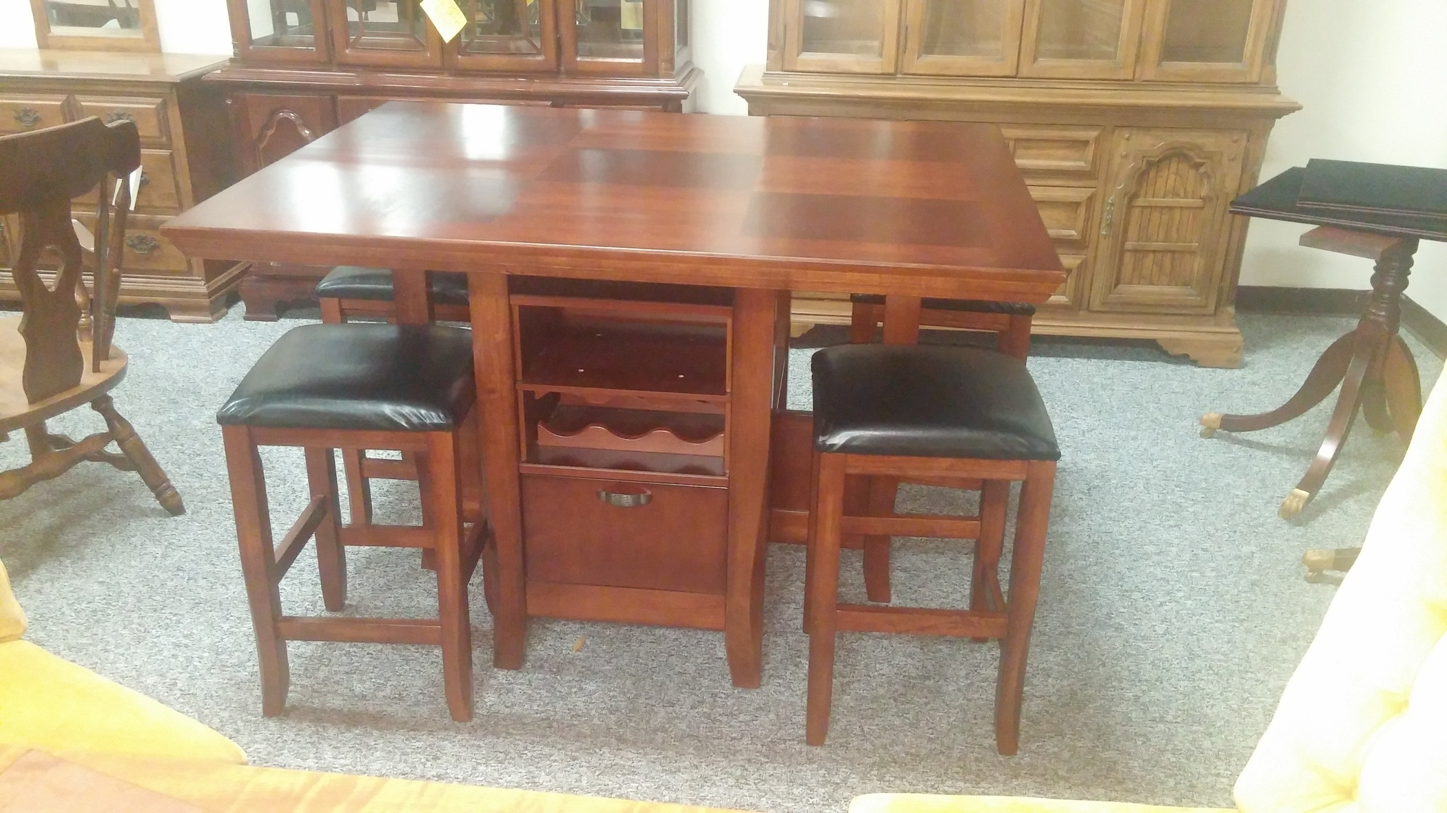 CHERRY PUB TABLE WITH 4 STOOLS Allegheny Furniture Consignment