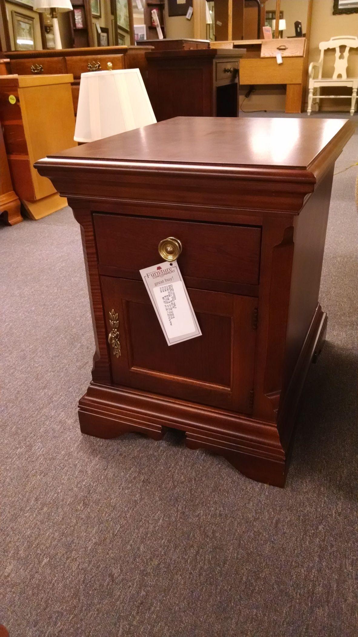 Broyhill End Table Delmarva Furniture Consignment