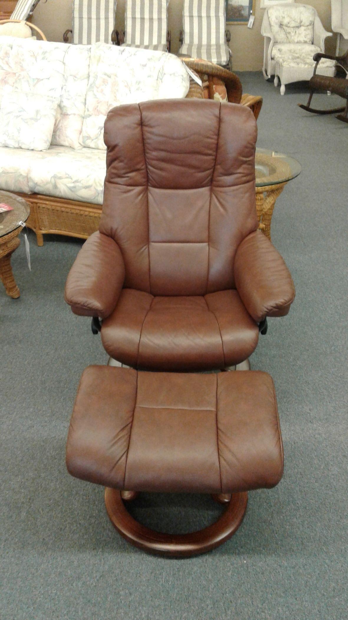 Brown Stressless Chair Otto Delmarva Furniture Consignment