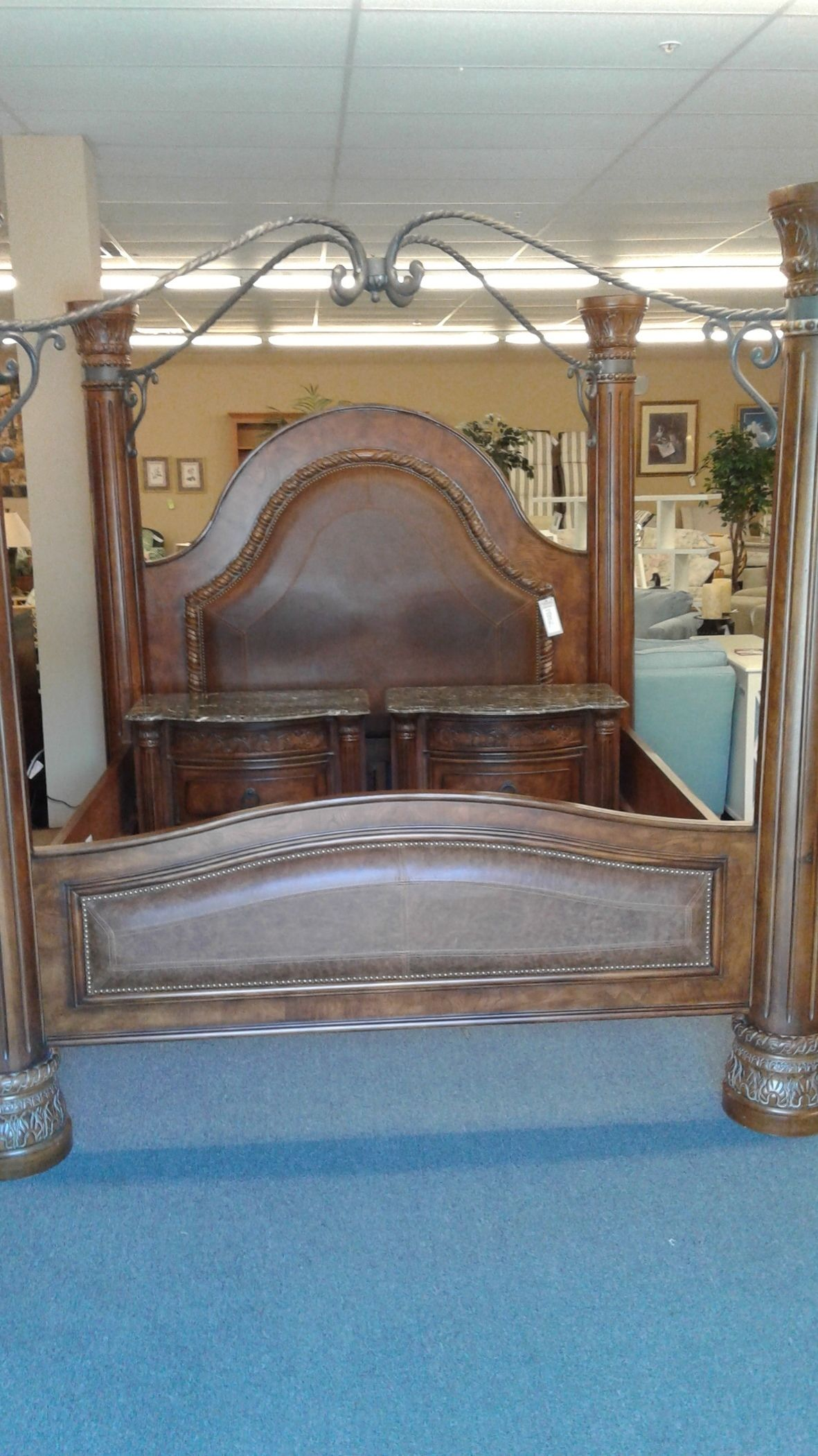 Collezione Bed Nightstands Delmarva Furniture Consignment