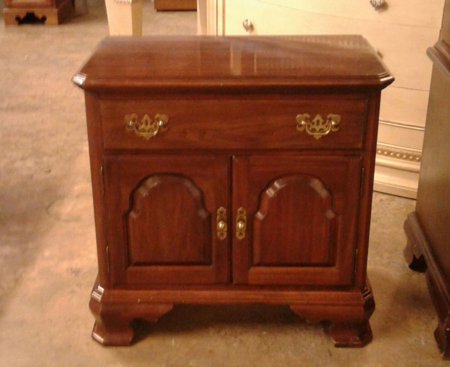 Ethan Allen Cherry Nightstand Delmarva Furniture Consignment