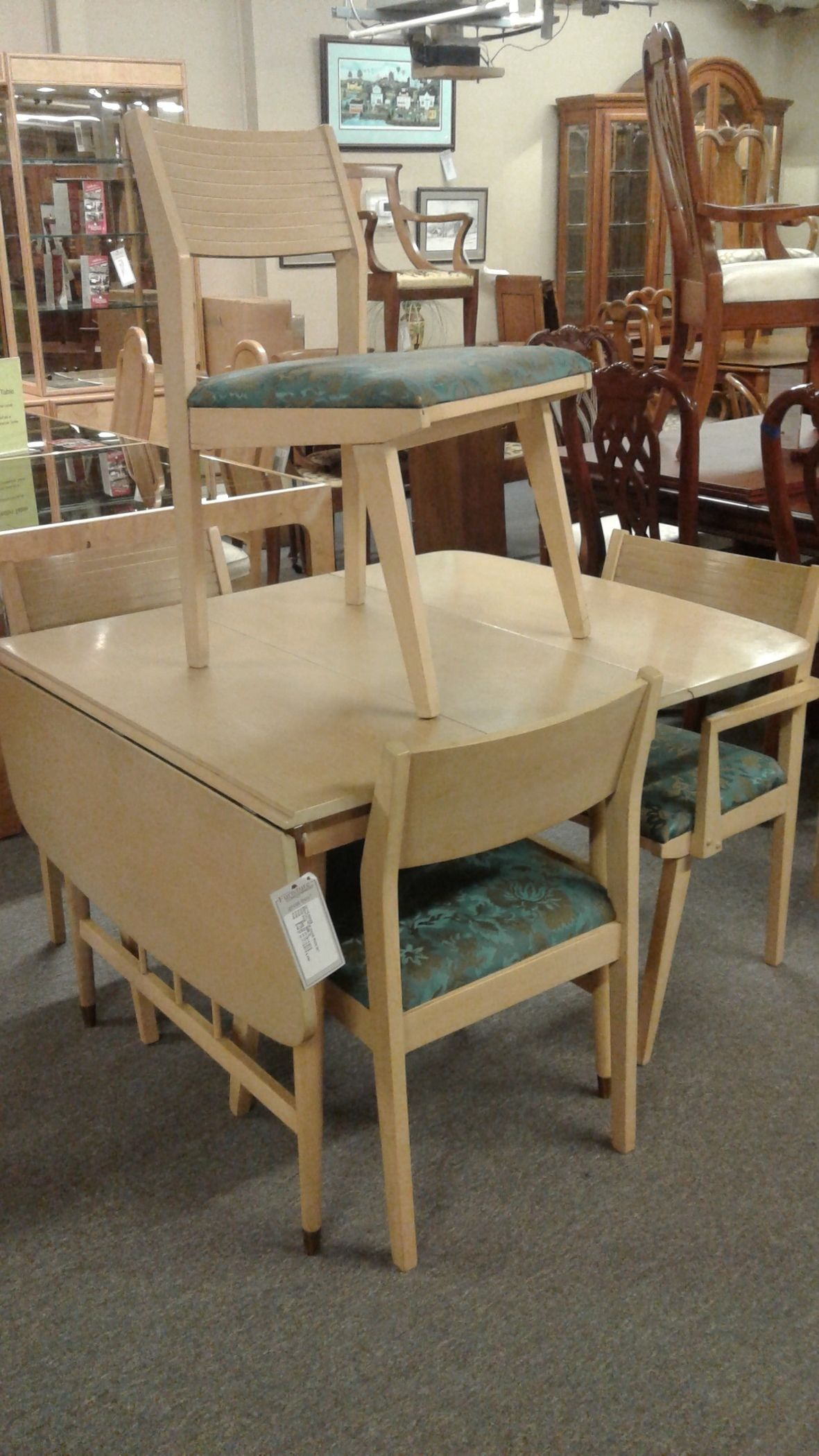 broyhill mcm dining room set delmarva furniture consignment