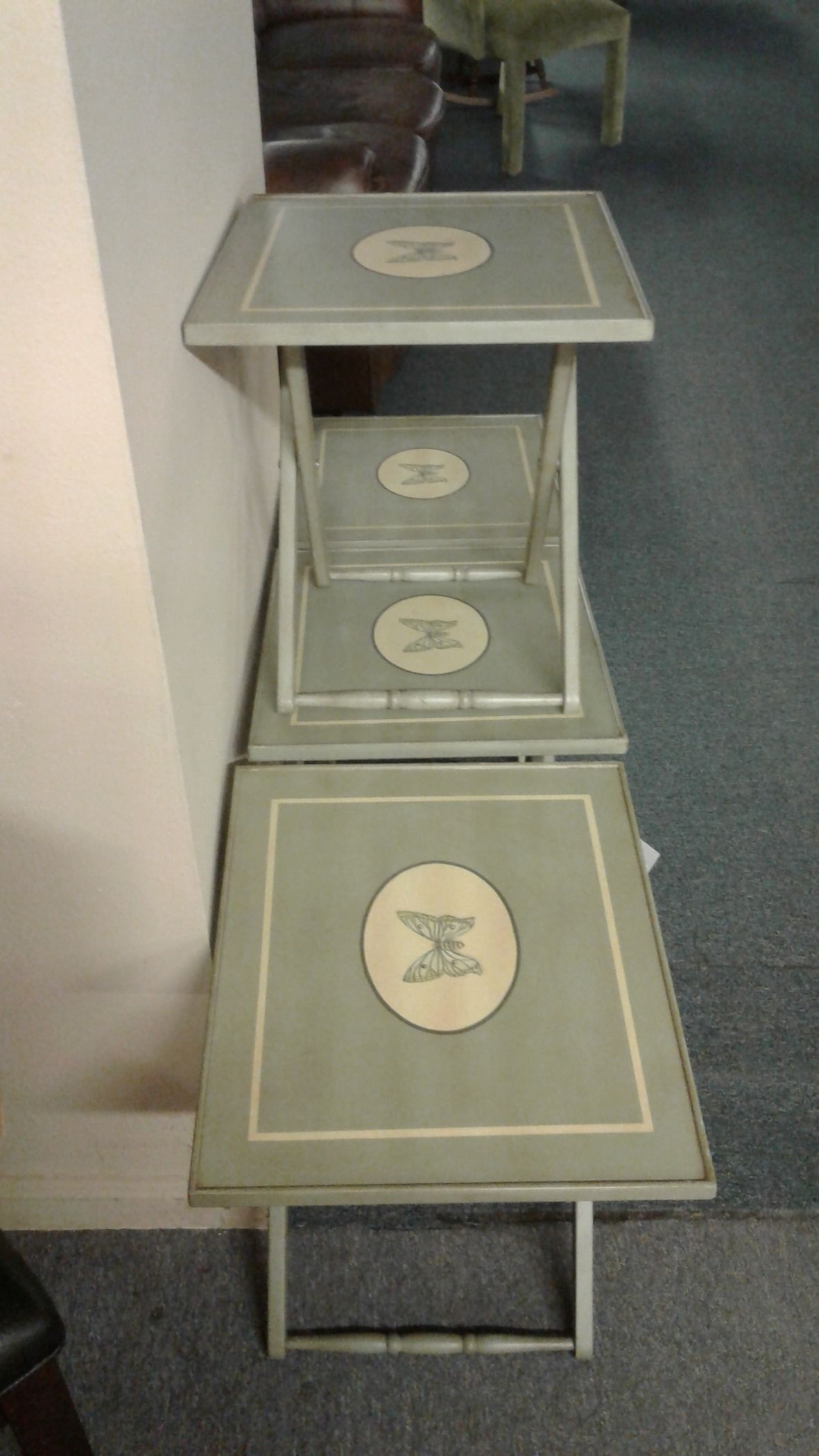 4 Folding Snack Trays Delmarva Furniture Consignment