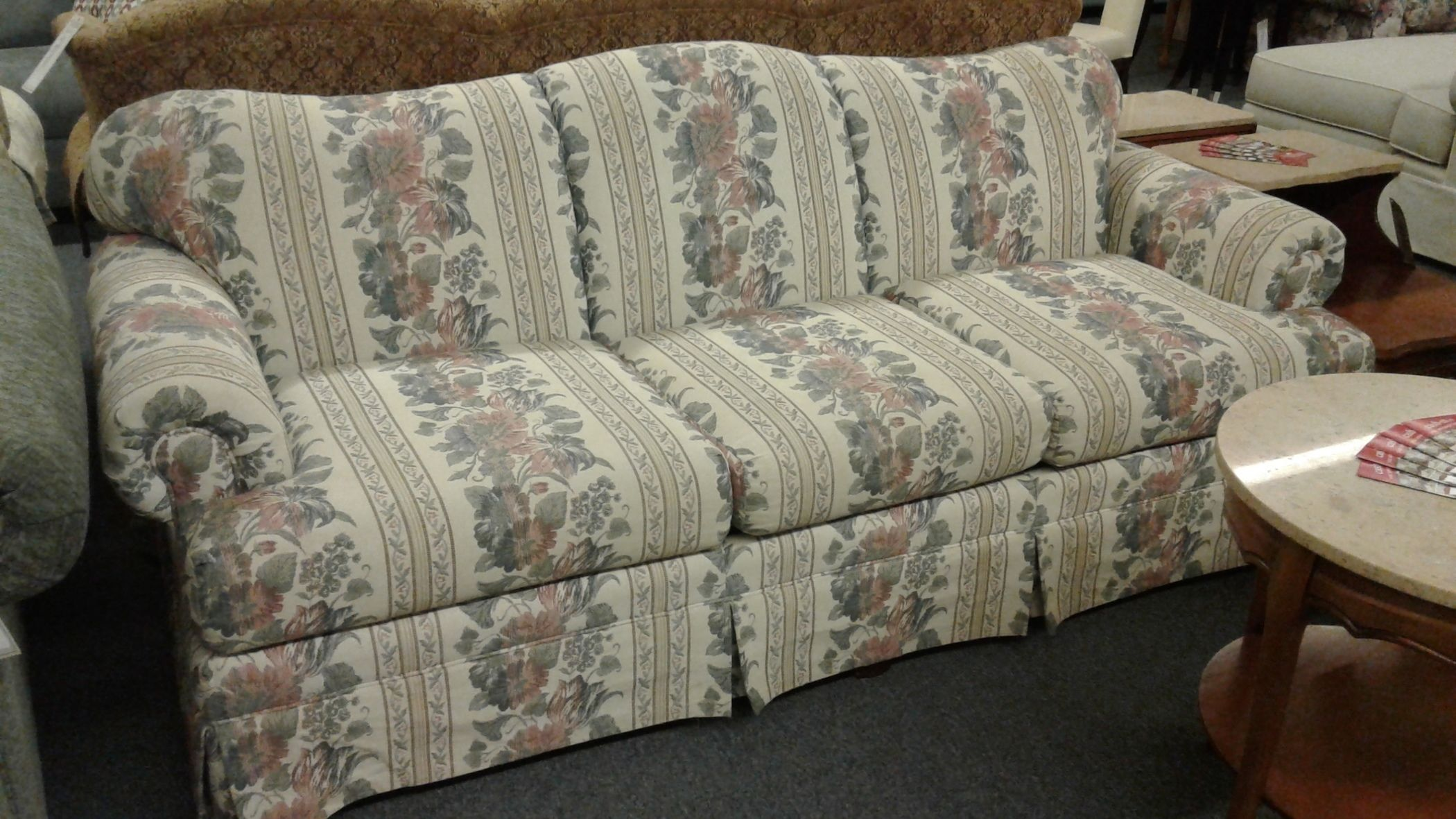 Bassett Floral Amp Stripe Sofa Delmarva Furniture Consignment