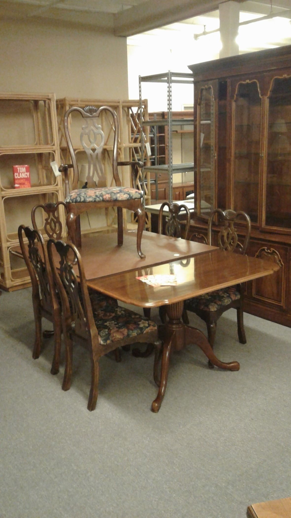 THOMASVILLE TABLE W 6 CHAIRS