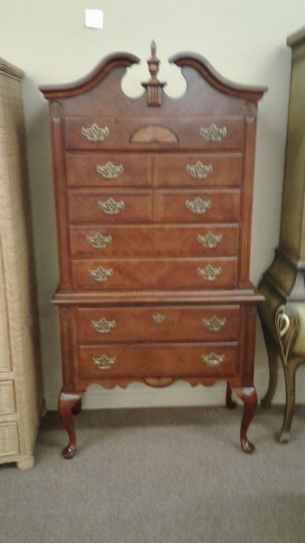 Queen anne cherry highboy delmarva furniture consignment - Queen anne bedroom furniture cherry ...