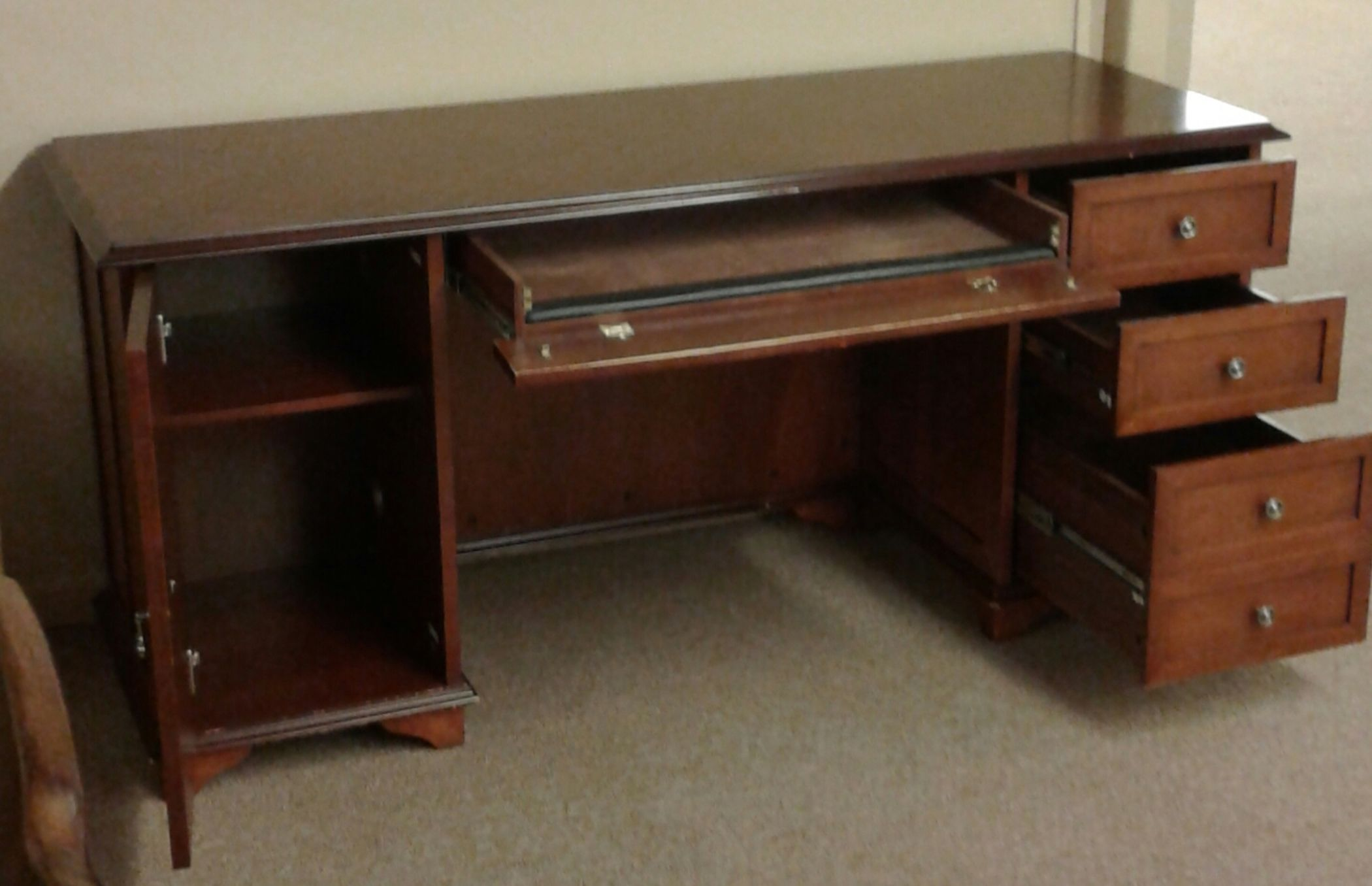 Lexington Office Desk Delmarva Furniture Consignment