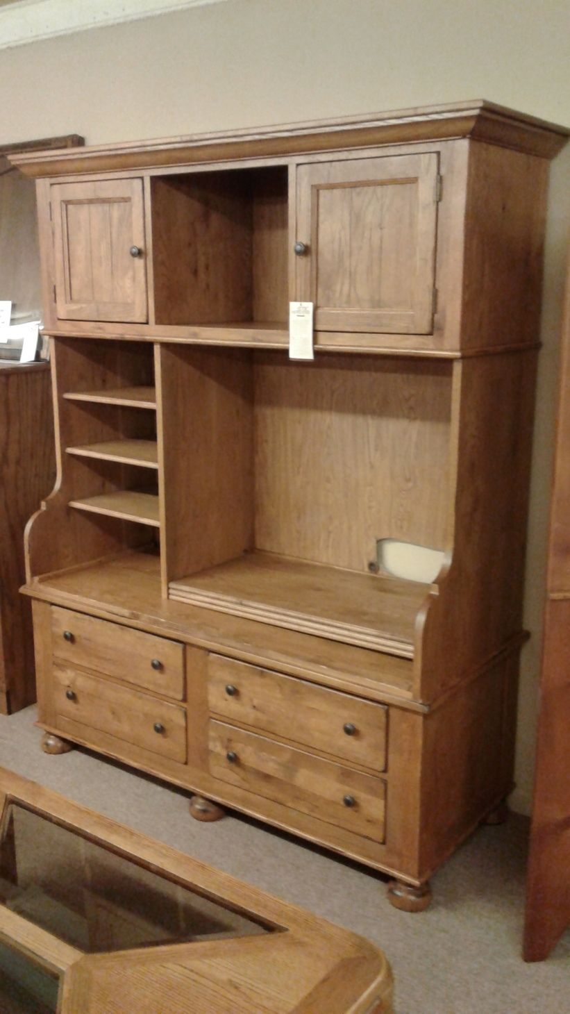 Broyhill Entertainment Center Delmarva Furniture Consignment
