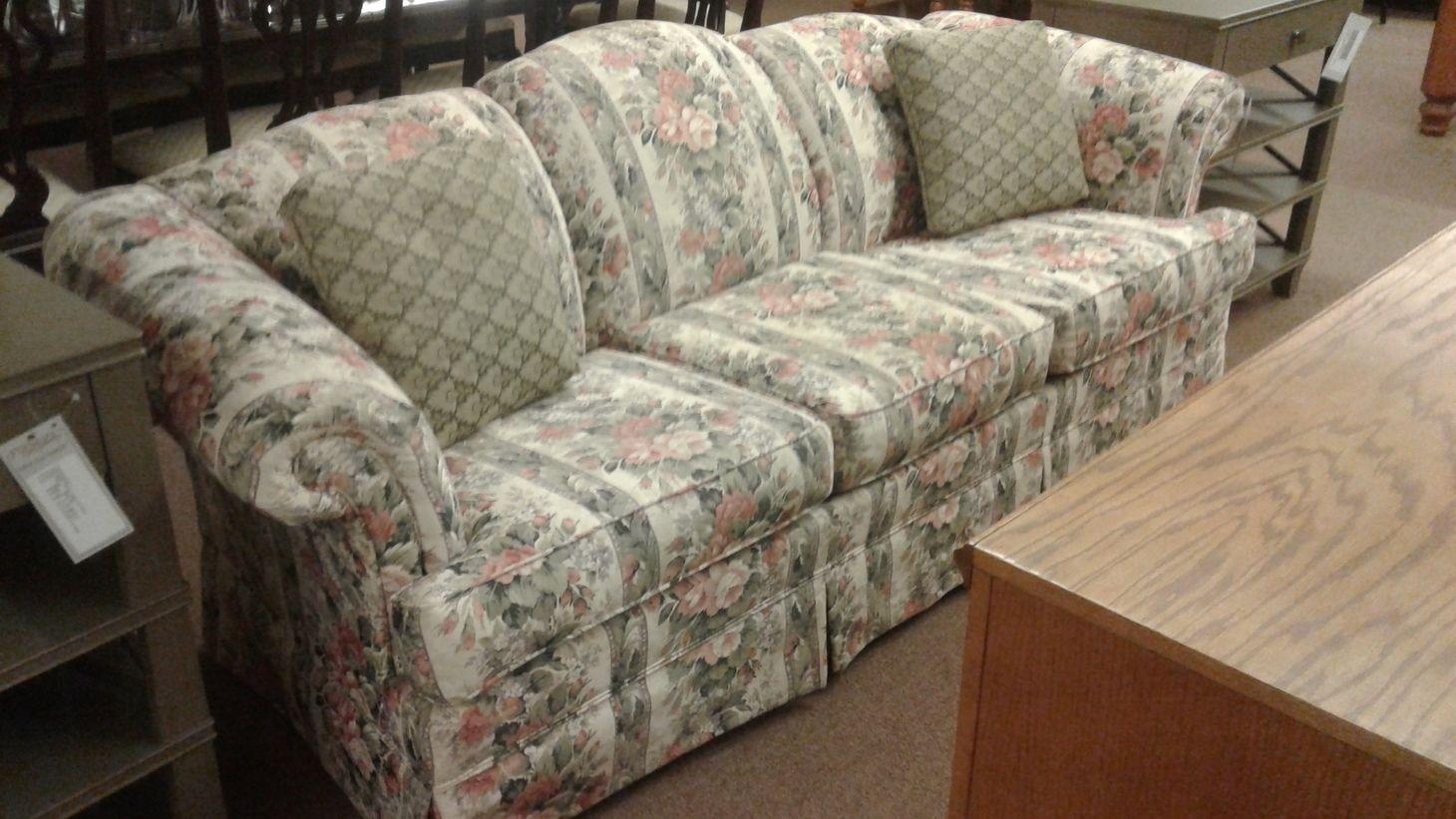 Broyhill Floral Sofa Delmarva Furniture Consignment