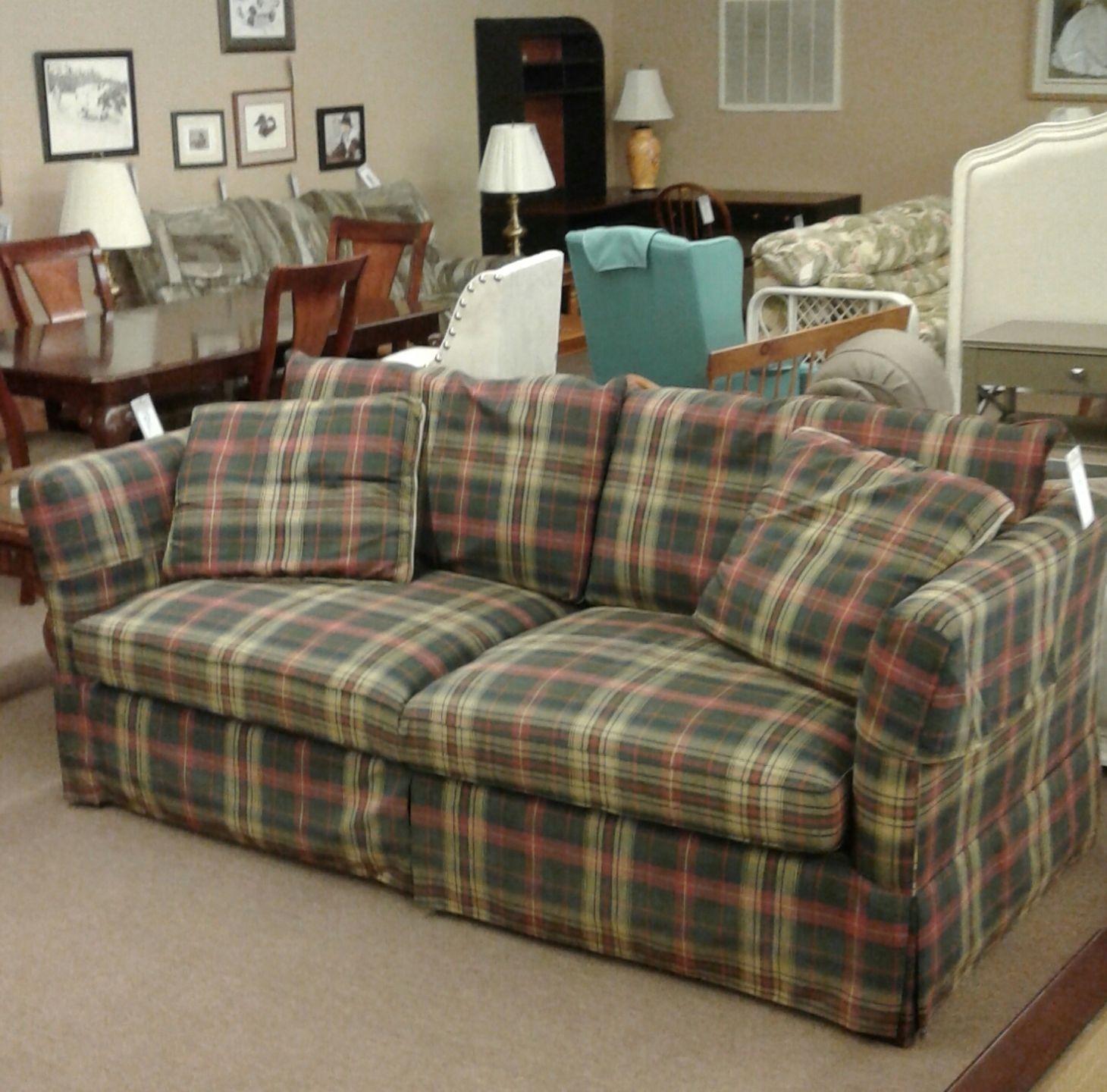 lexington plaid sofa delmarva furniture consignment. Black Bedroom Furniture Sets. Home Design Ideas