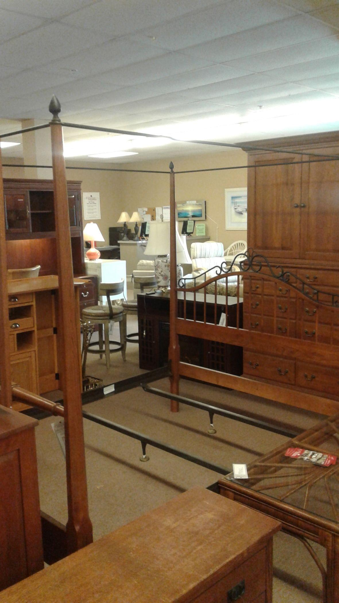 Keller Oak Queen Canopy Bed Delmarva Furniture Consignment