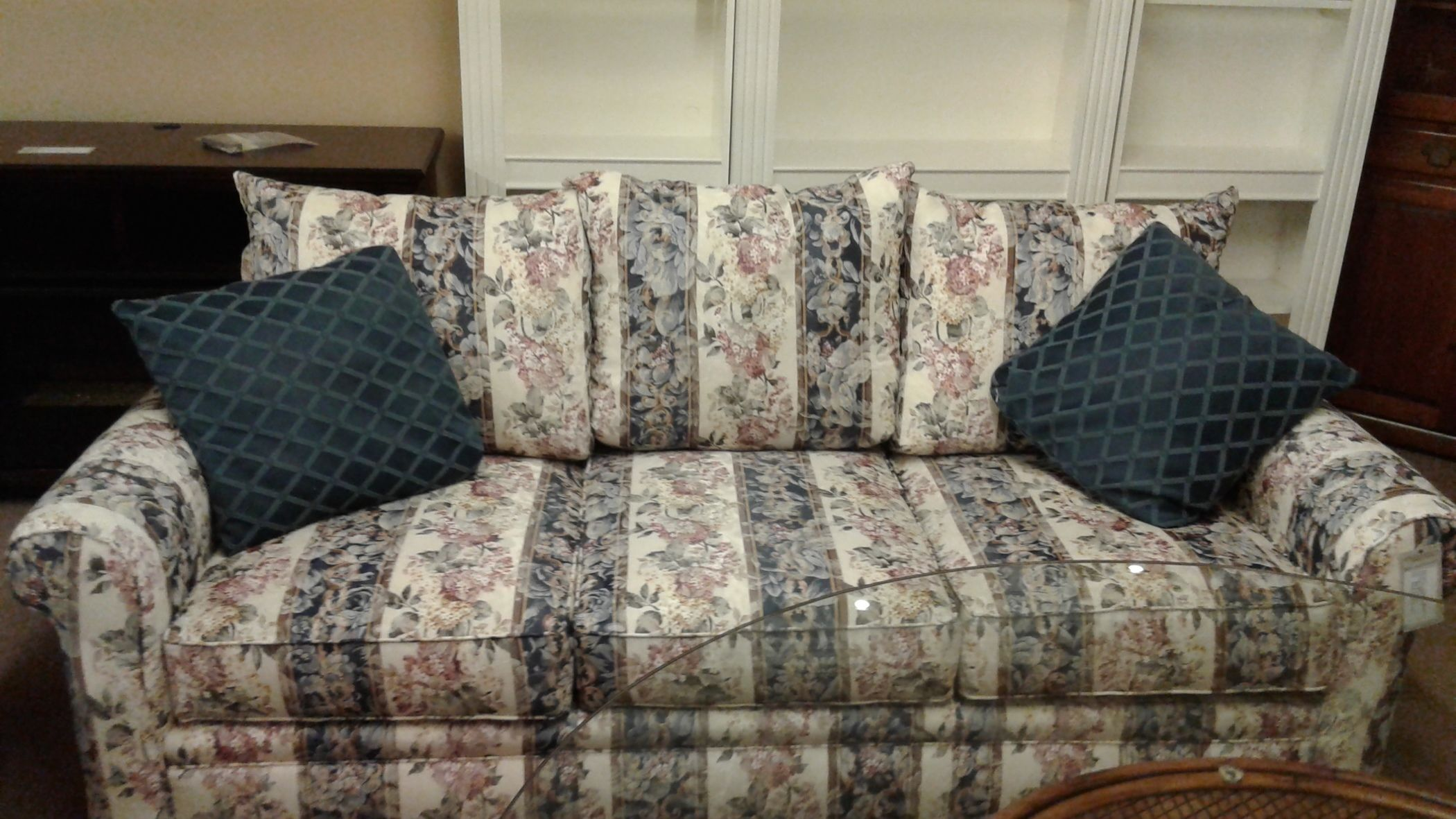 Broyhill Floral Striped Sofa Delmarva Furniture Consignment