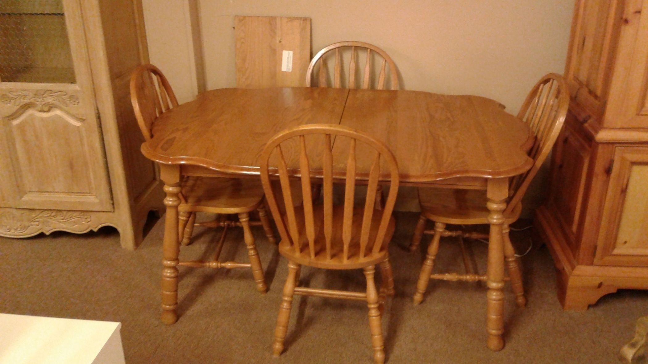 Virginia House Table 4 Chairs Delmarva Furniture Consignment
