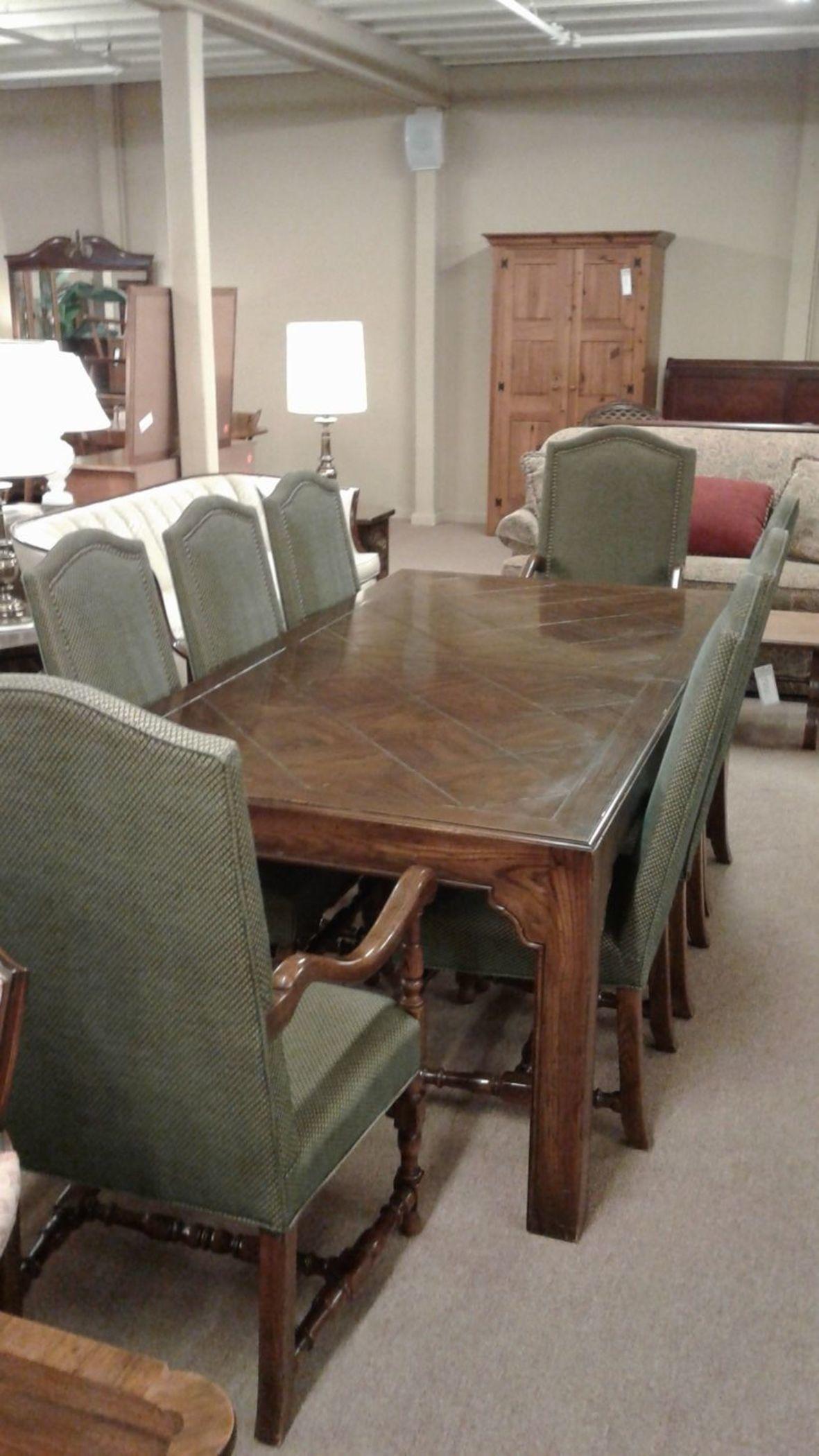 HENREDON DINING SET W/8 CHAIRS | Delmarva Furniture Consignment