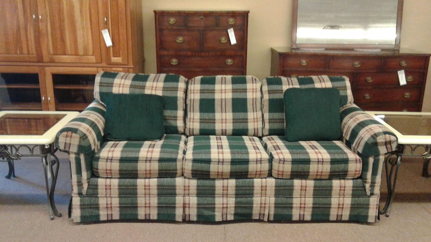 - BROYHILL PLAID SLEEPER SOFA Delmarva Furniture Consignment