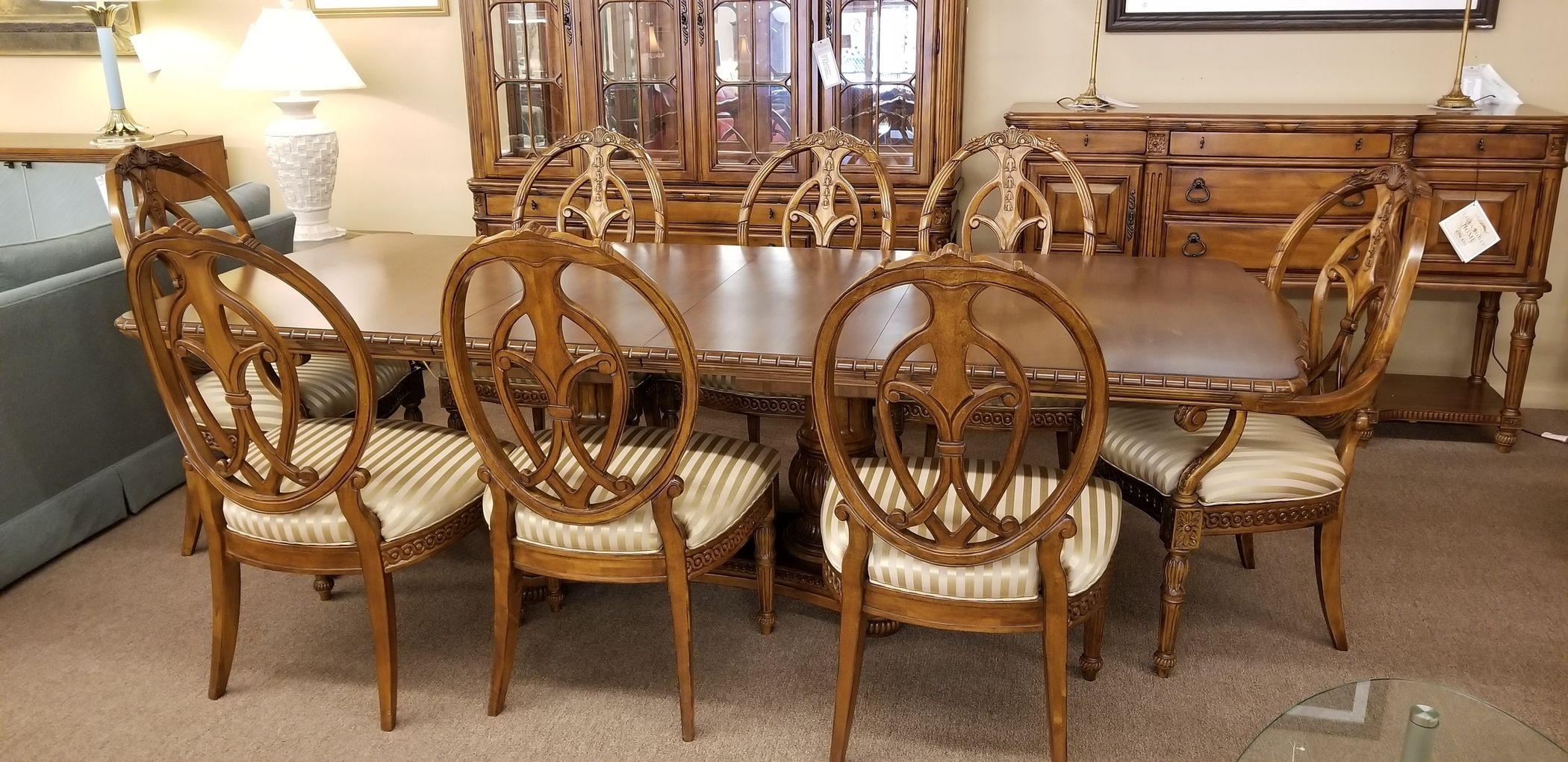 LAURA ASHLEY DINING ROOM SET   Delmarva Furniture Consignment