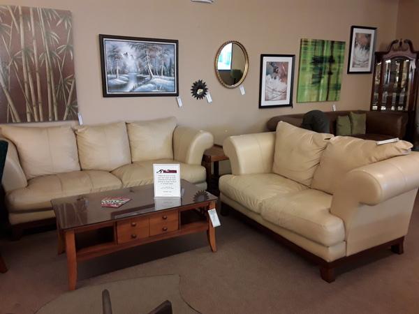Tan Leather Sofa Loveseat Delmarva Furniture Consignment
