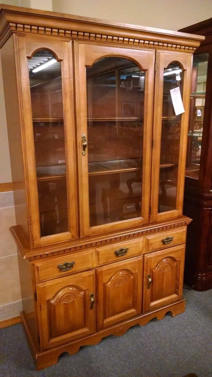 Broyhill China Cabinet Delmarva Furniture Consignment