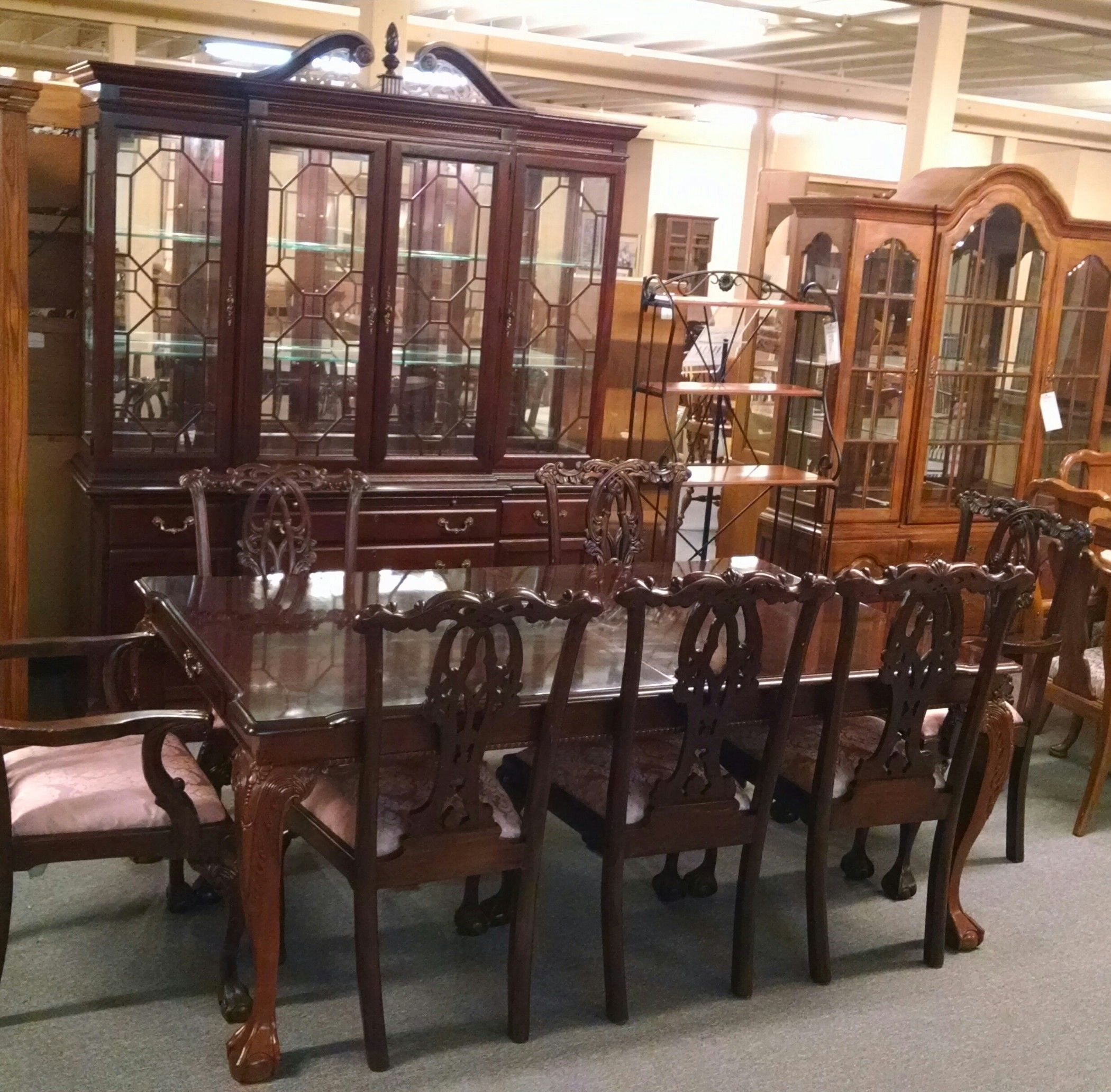 STANLEY TABLE CHAIRS AND HUTCH | Delmarva Furniture Consignment