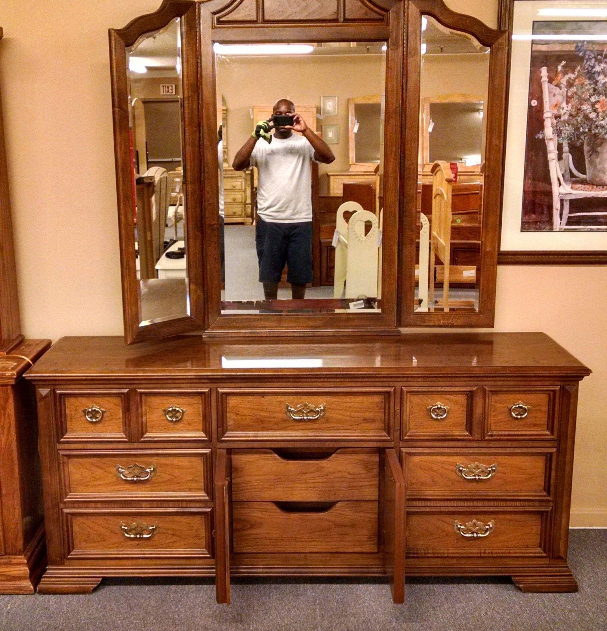 Thomasville Dresser Mirror Delmarva Furniture Consignment