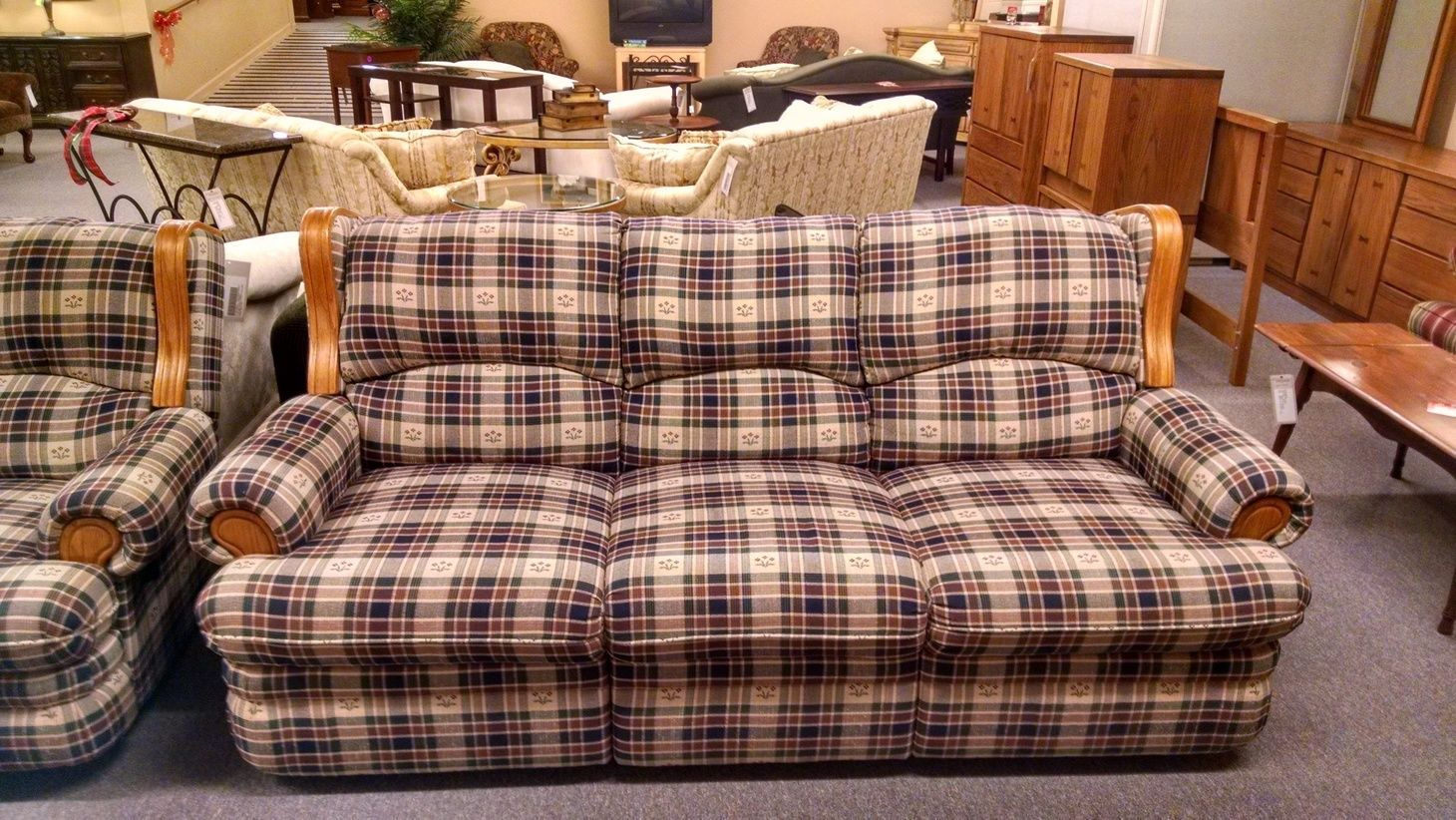Berkline Country Plaid Sofa Delmarva Furniture Consignment