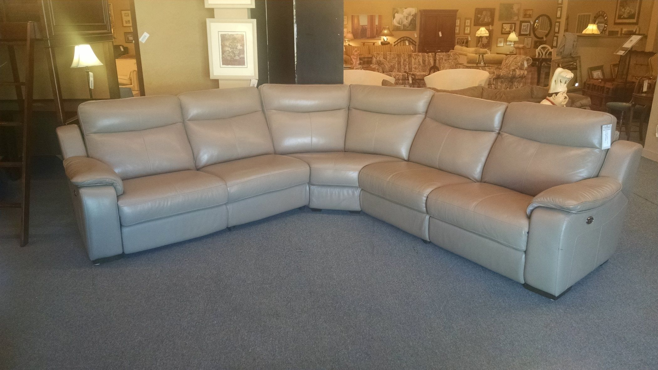 Htl leather sectional delmarva furniture consignment for Htl sectional leather sofa