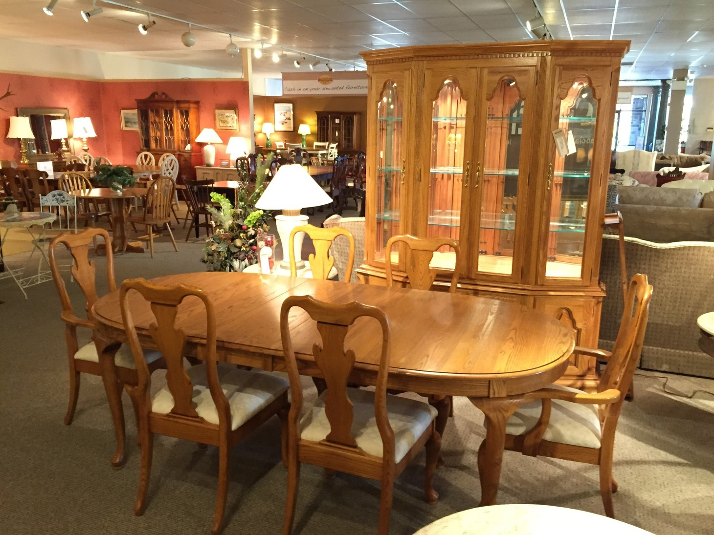 Keller Dining Room Furniture - Keller Oak Dining Room ...